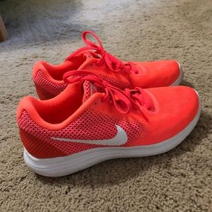 Nike Sneakers size 7.5 BRAND NEW